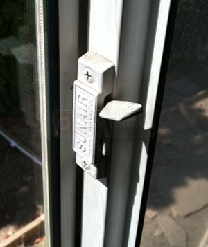 User submitted photo of their Sunair window latch.
