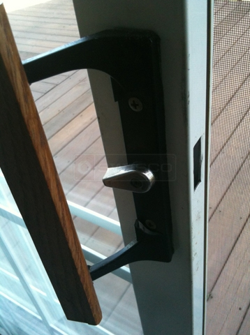User submitted photo of door handle.
