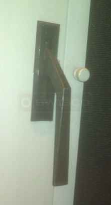 User submitted photo of window lock handle.