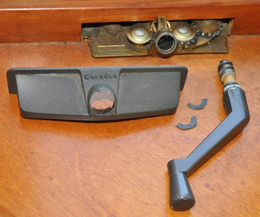 User submitted picture of window crank cover and handle.