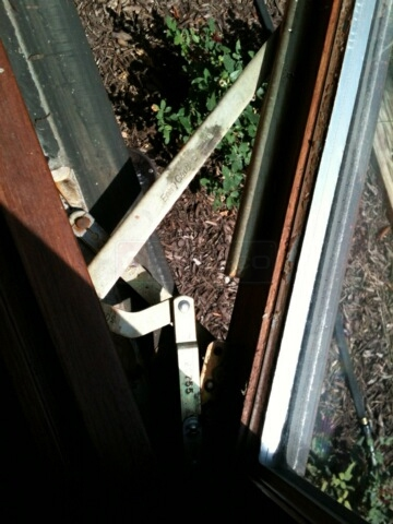 A customer submitted photo of window operator arms.