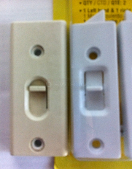 User submitted a photo of tilt latches