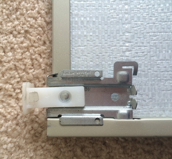 User submitted a photo of mirror closet door hardware.