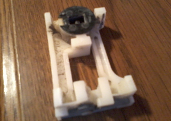 User submitted a photo of a pivot shoe.
