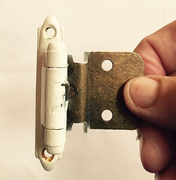 User submitted a photo of a hinge.