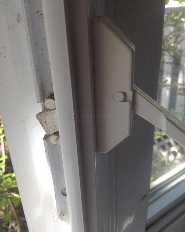 User submitted a photo of casement window lock.