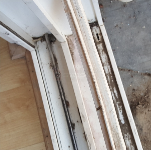 User submitted photo of their window track.